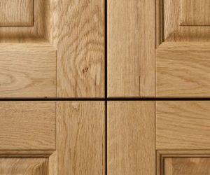 carola-particolare-legno-rovere-massiccio-tinta-naturale-1-400x400